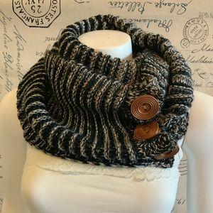 Krazy Kat infinity knit scarf w/ buttons
